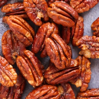 5 Minute Keto Glazed Pecans